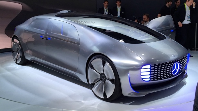 Mercedes-Benz-F-015-self-driving-car